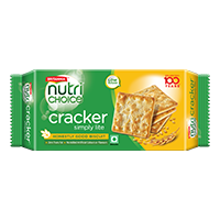 Britannia Cracker Simply Lite Biscuit product